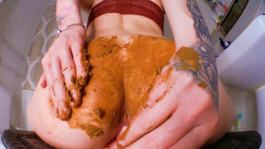 Smearing Shit DirtyBetty Fuck with Dildo 2018 (Special #827) [FullHD/1920x1080]