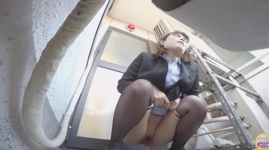 Blocked Toilet, Office Lady Upskirt Peeing 2020 (BFSL-205) [FullHD/1920x1080]